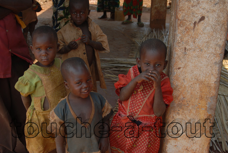 Children at a rural hospital near Rutana, Burundi