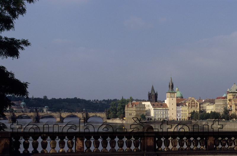 Carlov Most, Prague
