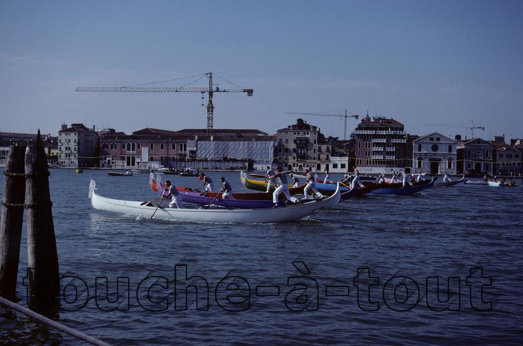 Gondola racing, Venice
