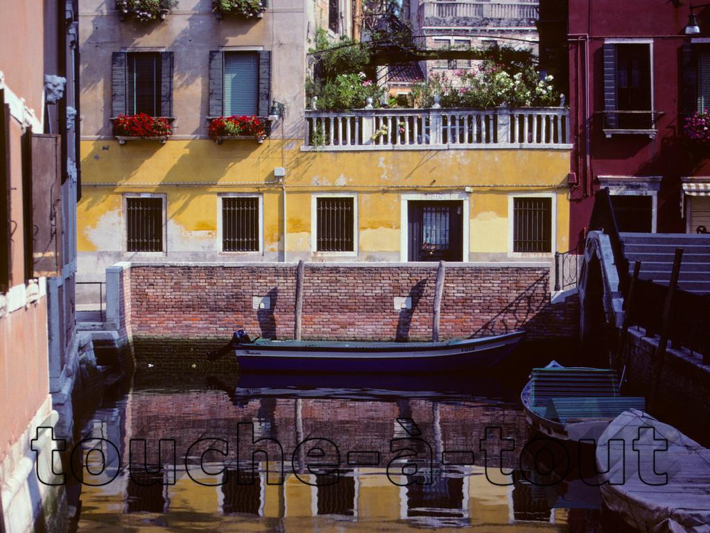 Rio of Venice in San Polo area