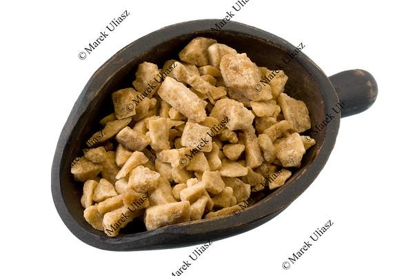scoop of maple sugar chunks
