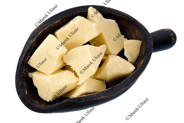 scoop of white chocolate chunks