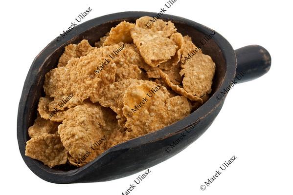 scoop of golden flax cereal