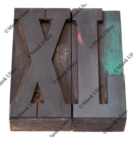 xl in lettepress type