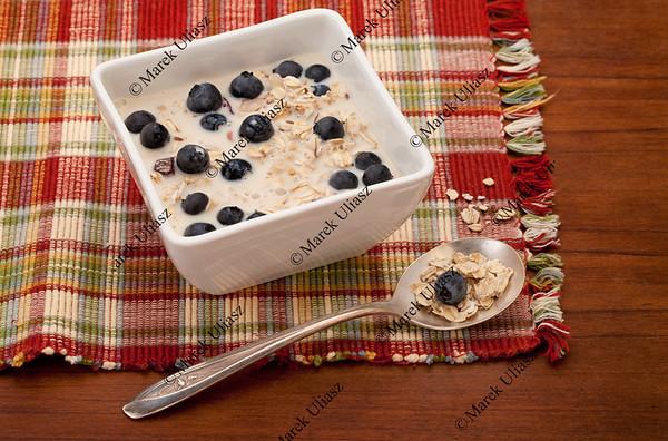 muesli cereal breakfast
