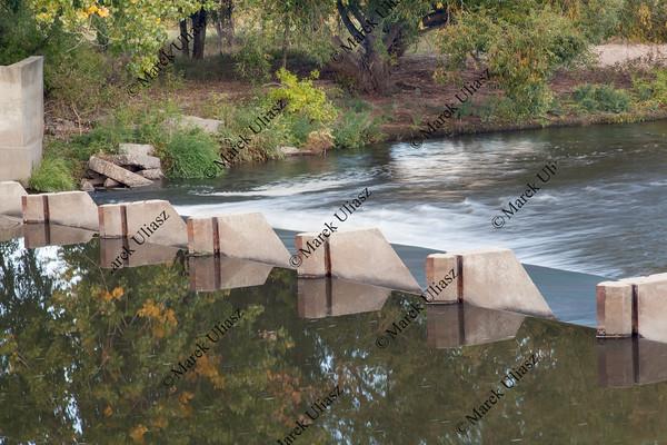 river diversion dam