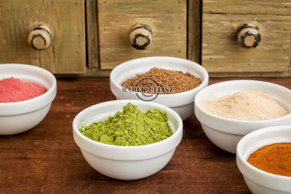 fruit and leaf nutrition powders