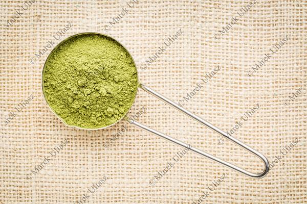 moringa leaf powder scoop