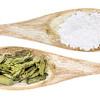 stevia leaf and white cane sugar