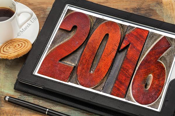 year 2016 in vintage wood type