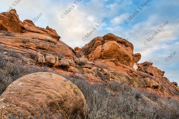 sandstone cliff at Colorado foothills