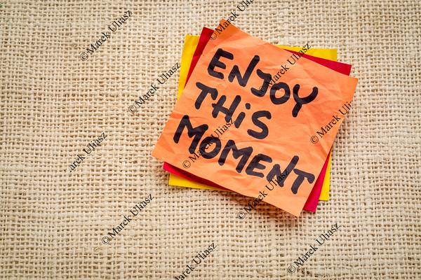 enjoy this moment reminder
