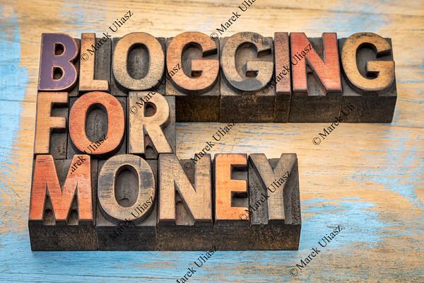 blogging for money banner