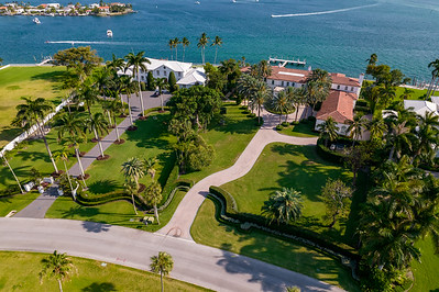 Luxury Miami Beach mansion on La Gorce Island