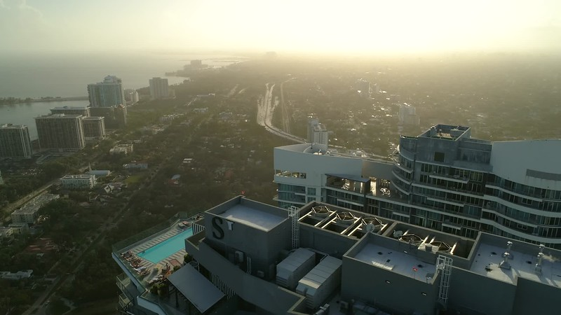 Aerial motion footage SLS Brickell rooftop pool 4k 60p