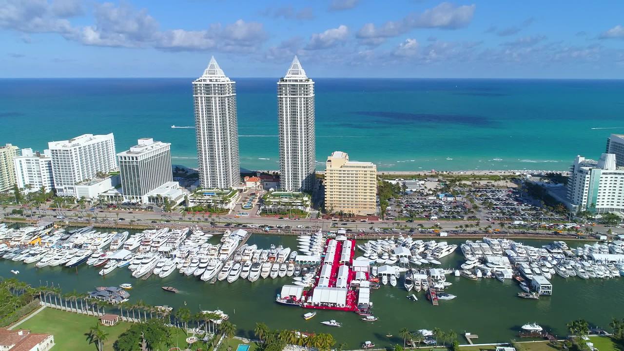 Aerial helicopter tour Miami