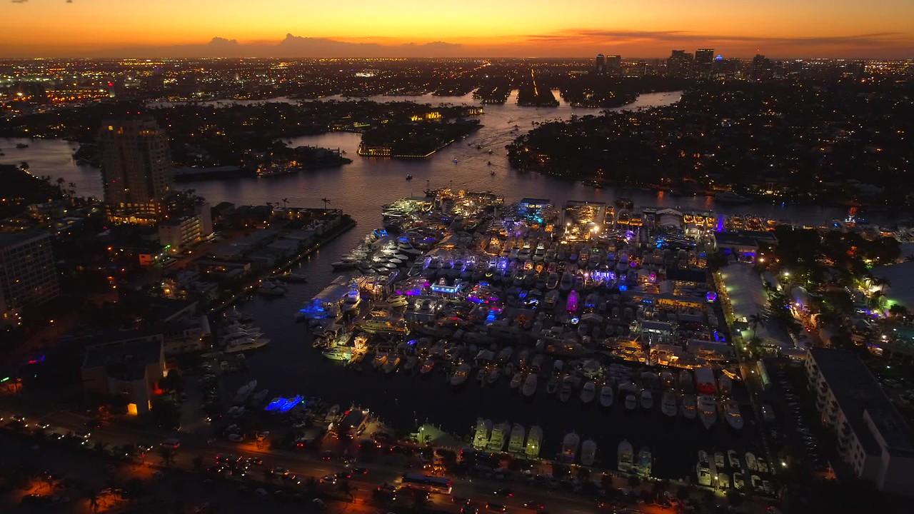 Twilight scene Fort Lauderdale boat show 4k