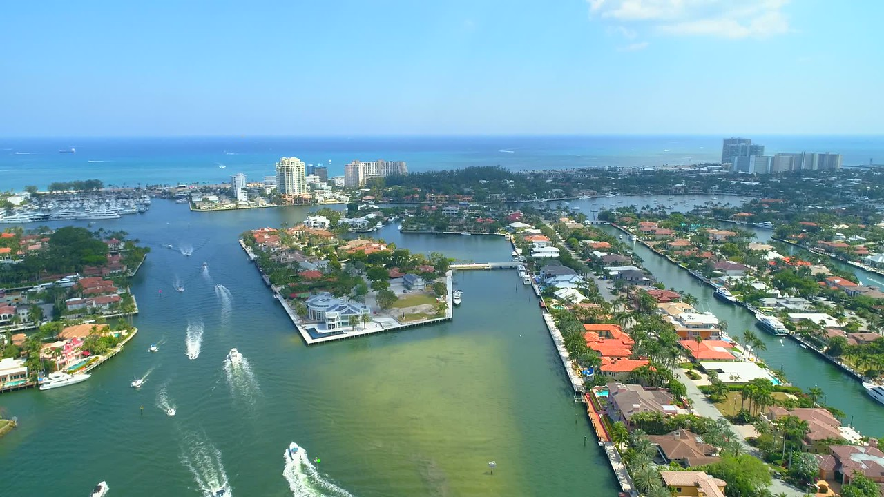 Aerial video Riviera Isles Fort Lauderdale Florida lateral motion 4k 60p