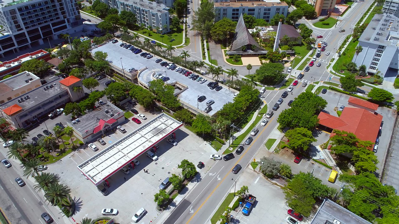 Sunny Isles Hurricane Irma evacuation line of cars getting gas aerial