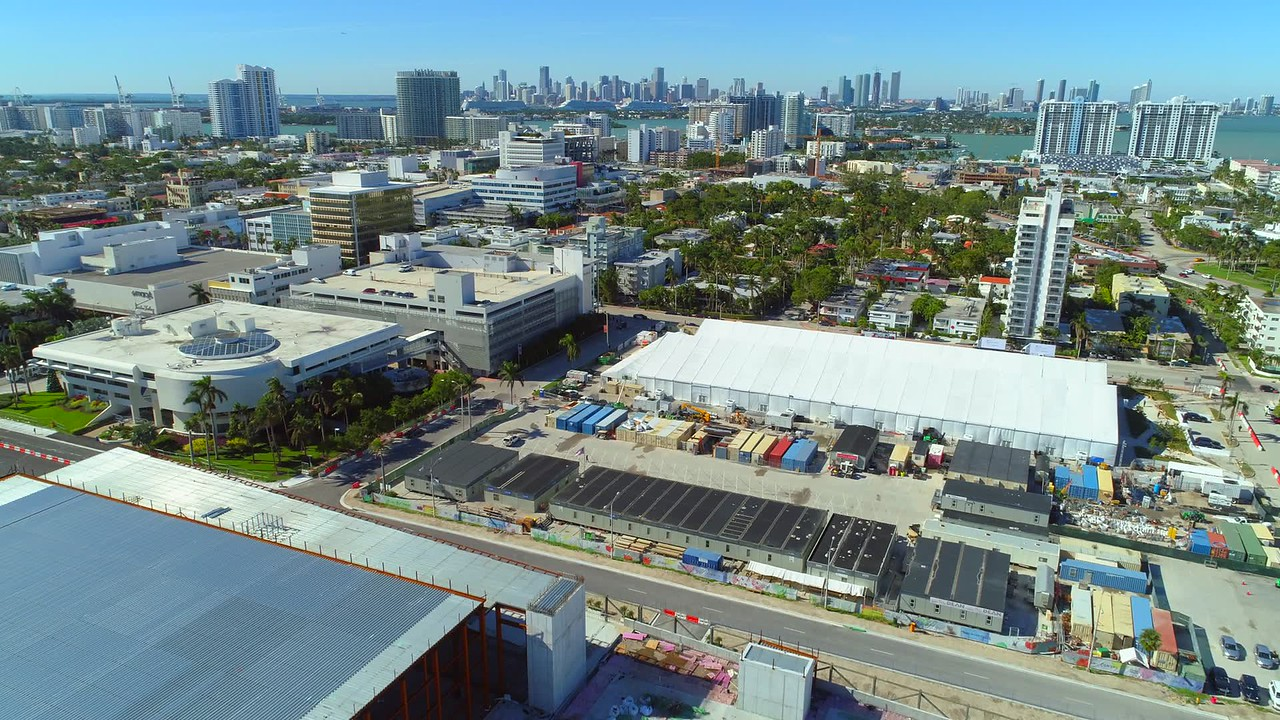 Aerial video of Miami Beach residential and business districts