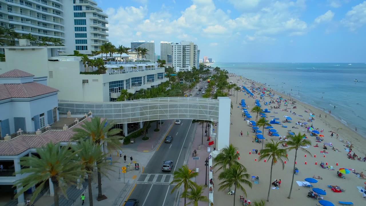 Aerial flyover Fort Lauderdale Broward County 4k 60p