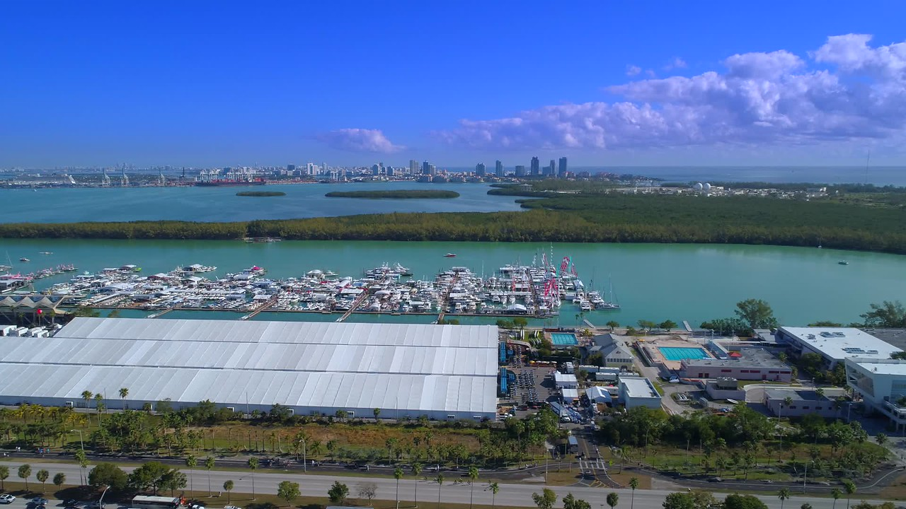 Aerial lateral flight Miami boat show Key Biscayne 4k