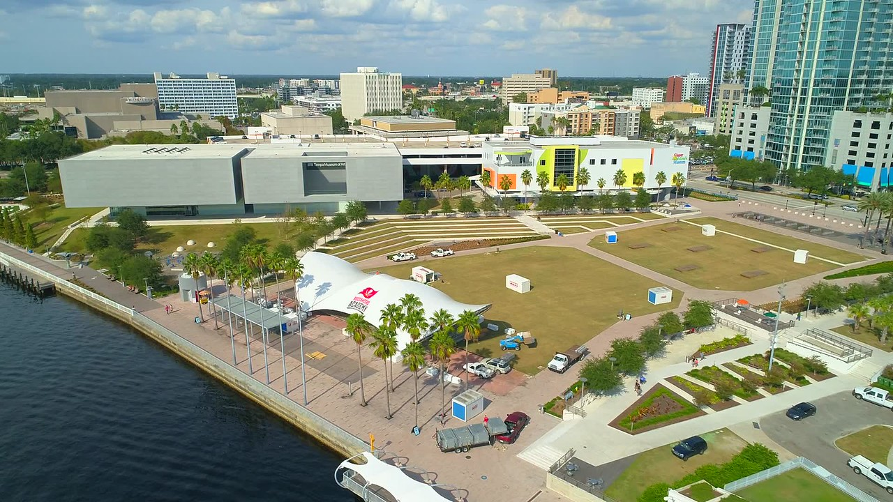 Drone aerial video Curtis Hixon Waterfront Park Tampa aerial 4k 60p