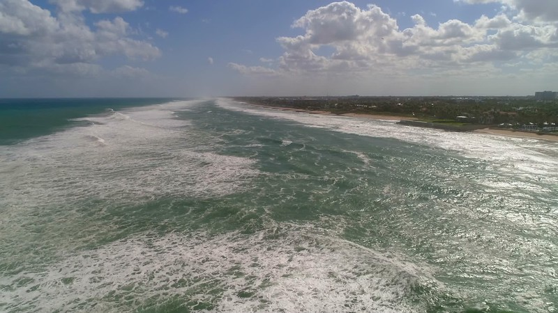Aerial footage amazing large waves Palm Beach Florida 4k 60p