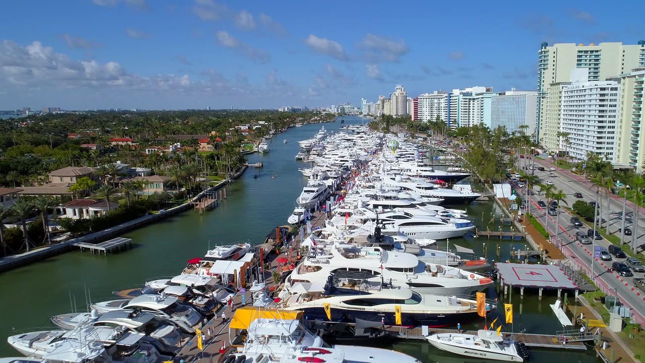 February 2018 Miami International Boat Show 4k
