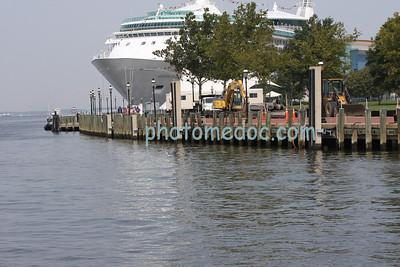 Grandeur Cruise Ship