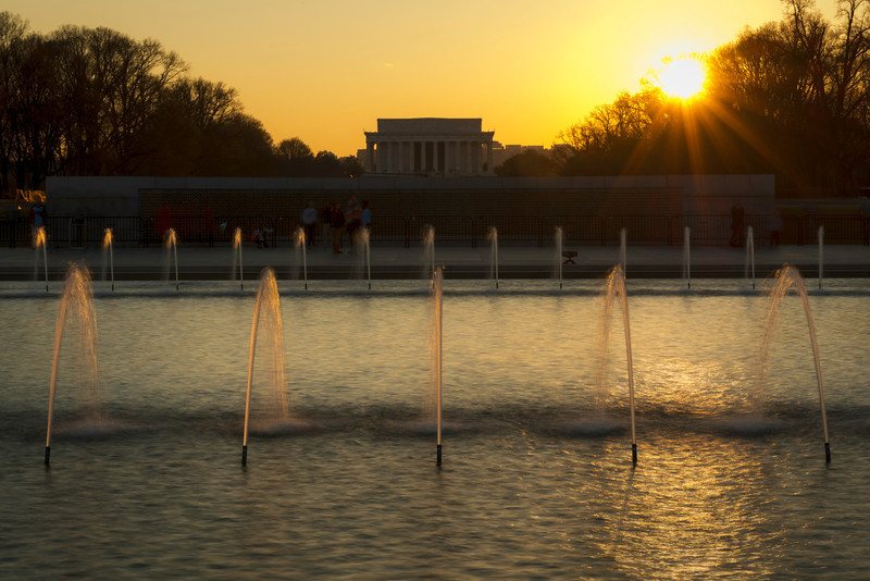 """""""Last Light Over Lincoln"""" - Lincoln Memorial, Washington, D.C.   Recommended Print sizes*:  4x6      8x12     12x18     16x24     20x30     24x36 *When ordering other sizes make sure to adjust the cropping at checkout*  © JP Diroll 2014"""