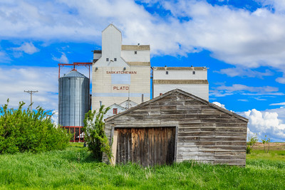 Garage by Grain Elevator