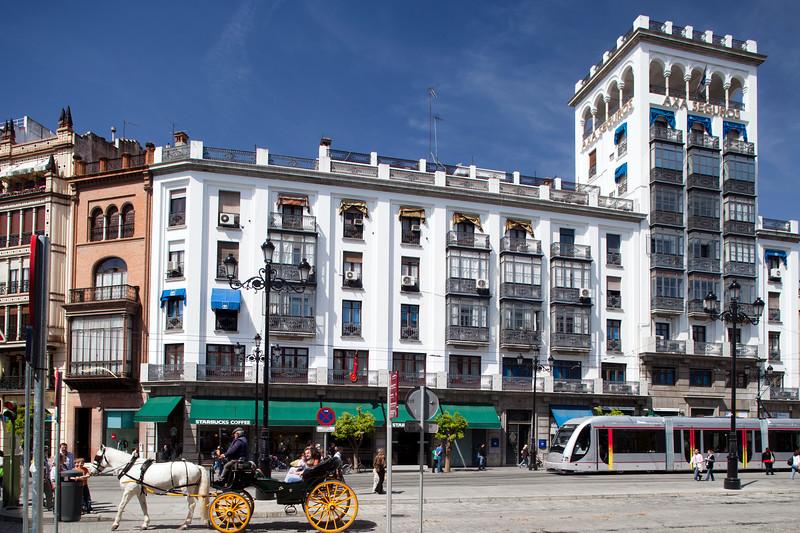 Aurora Building, work by Antonio Illanes Rio (1933), Avenida de la Constitucion, Seville, Spain