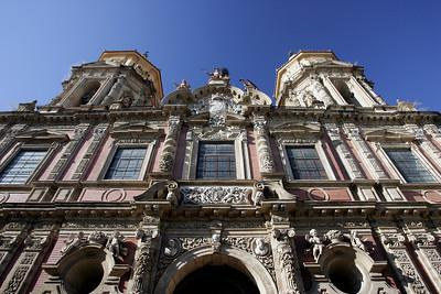 San Luis de los Franceses facade