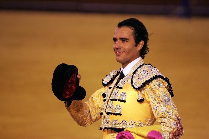 Fernando Cruz greeting the audience. Bullfight at Real Maestranza bullring, Seville, Spain, 15 August 2006.