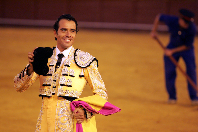 Fernando Cruz greeting the audience. Bullfight at Real Maestranza bullring, Seville, Spain, 15 August 2006.