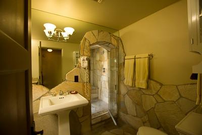 3 room bath