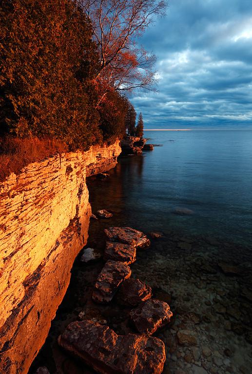 Cave Point Shoreline (Door County - Wisconsin)
