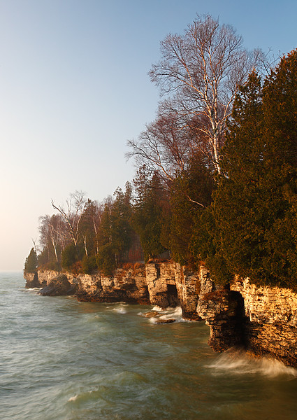 Cave Point Shoreline (Door County - Wisconsin)