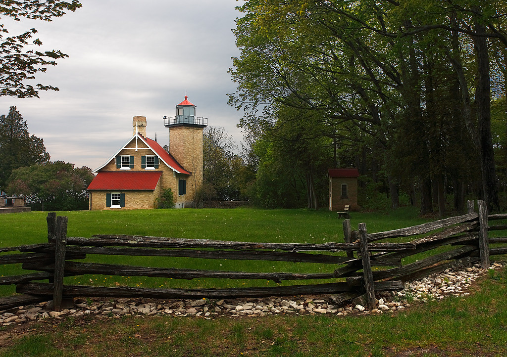 Eagle Bluff Lighthouse (Door County - Wisconsin)