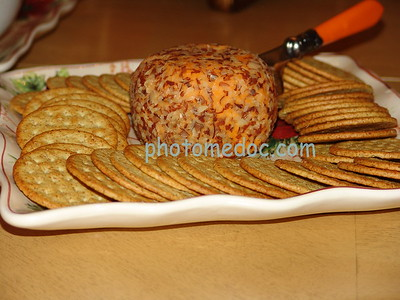 Whole Grain Crackers with Spread