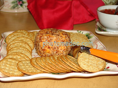 Grain Crackers with Spread
