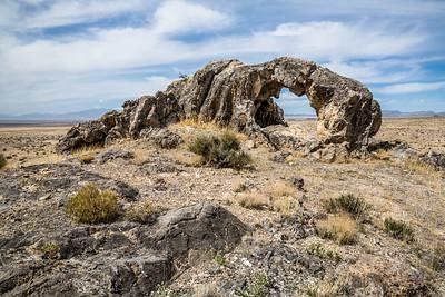 Unnamed arch in the vast Utah desert.