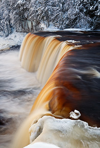 - Tahquamenon Falls (Tahquamenon Falls State Park - Upper Michigan)