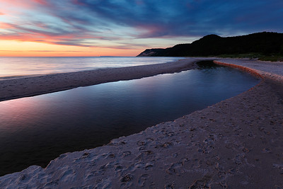 Esch Road Beach and Otter Creek (Sleeping Bear Dunes National Lakeshore - Michigan)