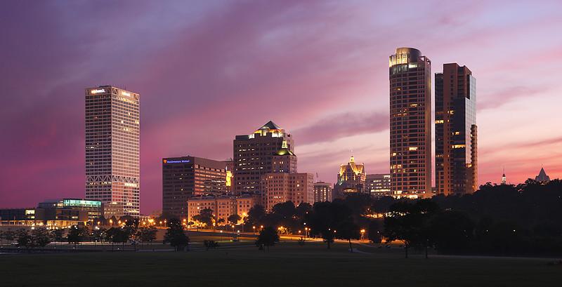Milwaukee Skyline - Veterans Park