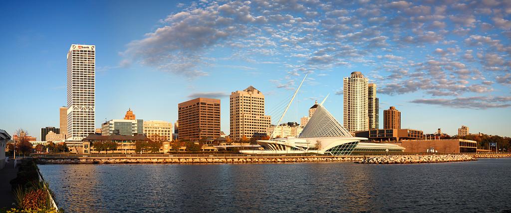 Milwaukee Skyline - Milwaukee, WI