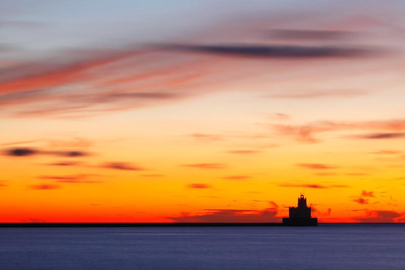 Milwaukee Breakwater Lighthouse (Milwaukee, WI)
