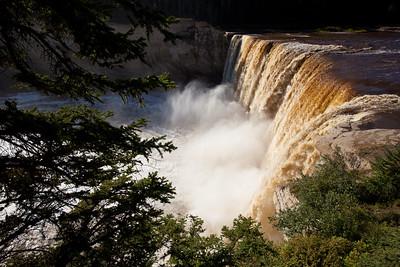 NT-2010-022: Twin Falls Gorge Territorial Park, South Slave Region, NT, Canada