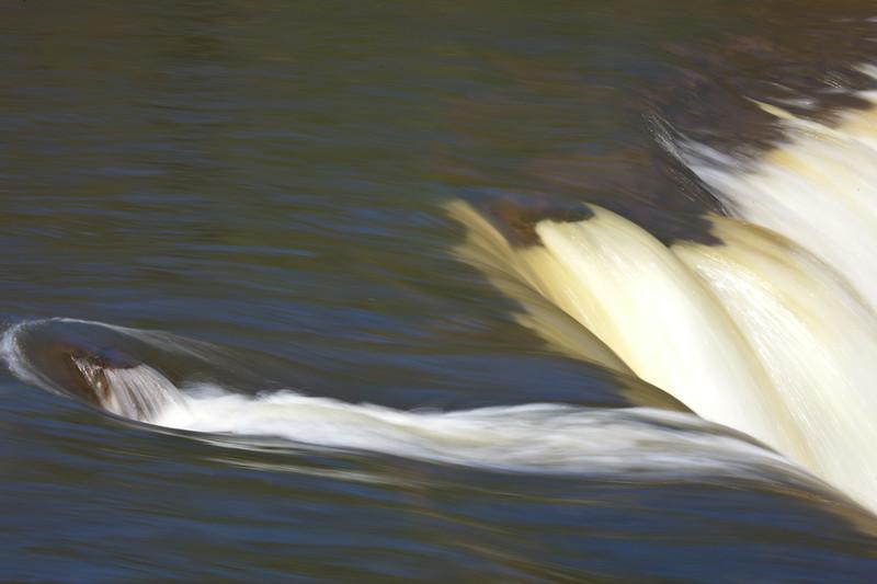 NT-2010-032: McNallie Creek Falls Territorial Park, South Slave Region, NT, Canada
